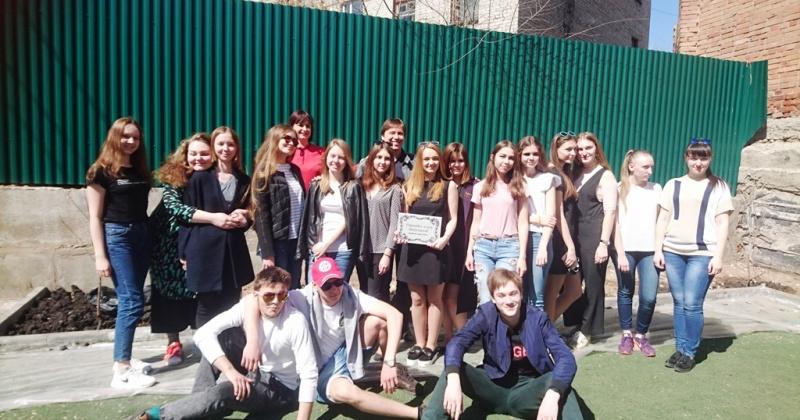 29 апреля 2017 г. выпускники гимназии вместе с родителями, классными руководителями заложили сиреневую аллею.