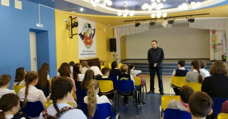 Для учащихся 5-6 классов в рамках месячника безопасности была организована встреча с представителем Самарского районного суда г. Самара Ляшковым С.Л.